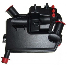 Маслоотделитель (сепаратор масляный) Freelander 2.2 TD LR003188