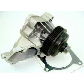 Насос охлаждения двигателя Range Rover 3.0 Td6 PEB000050
